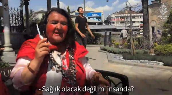Konya'daki Sultan Abla: Aşkın Kırmızı Hali
