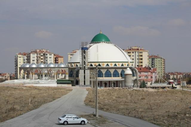 Bosna Hersek Mahallesinde 13 Yıldır Bitmeyen Cami! | Bosnamm | Türkiye'nin En Büyük Öğrenci Mahallesi