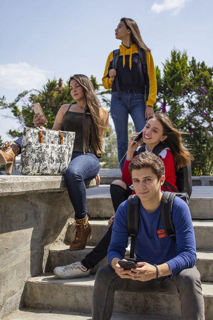Üniversite Kampüs Hayatı Hakkında 4 Adım