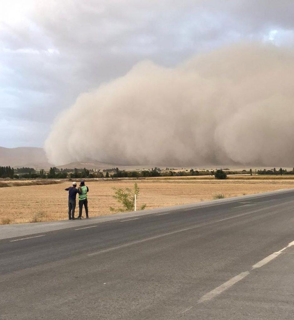 Konya Ereğli Kum Fırtınası Vatandaşları Korkuttu!