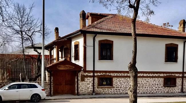 Konya'daki Tarihi Evler Yaşatılmaya Devam Ediliyor!